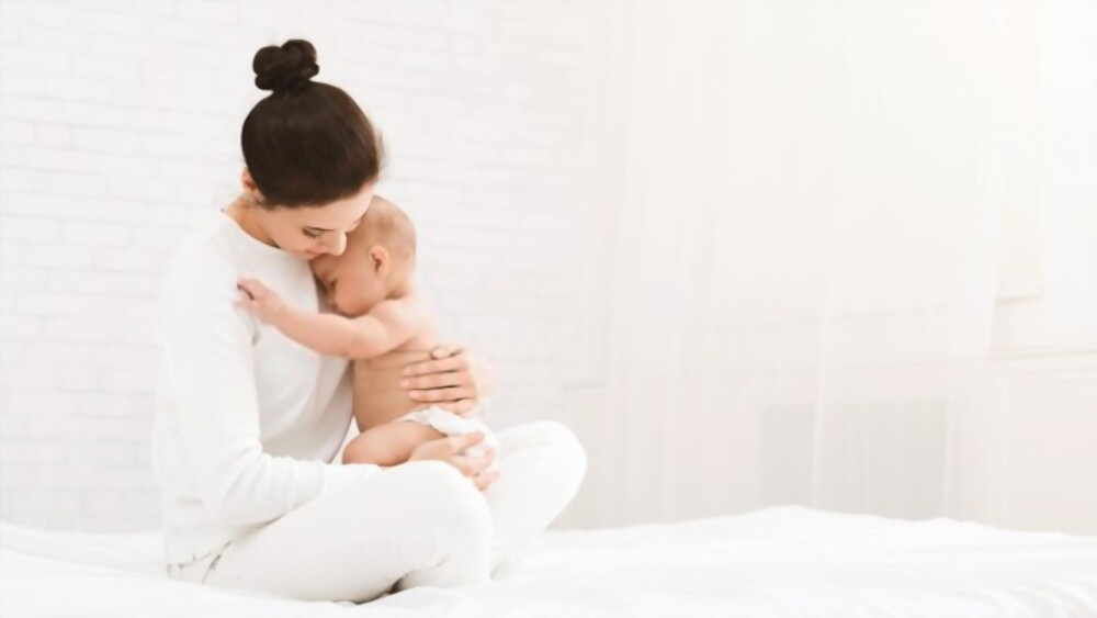 How To Close Safely With Newborn Baby Avoid Risks